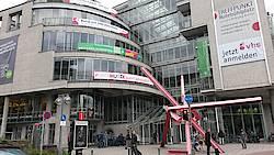Treffpunkt Rotebühlplatz. Foto: Regionalbüro Stuttgart.