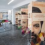 """Wanderausstellung """"Unternehmen Berufsanerkennung"""". Foto: Hendrik Grzebatzki."""